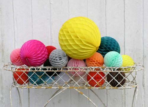 Honeycomb Balls: Papel y color