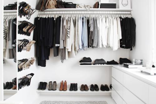 Un walk-in closet