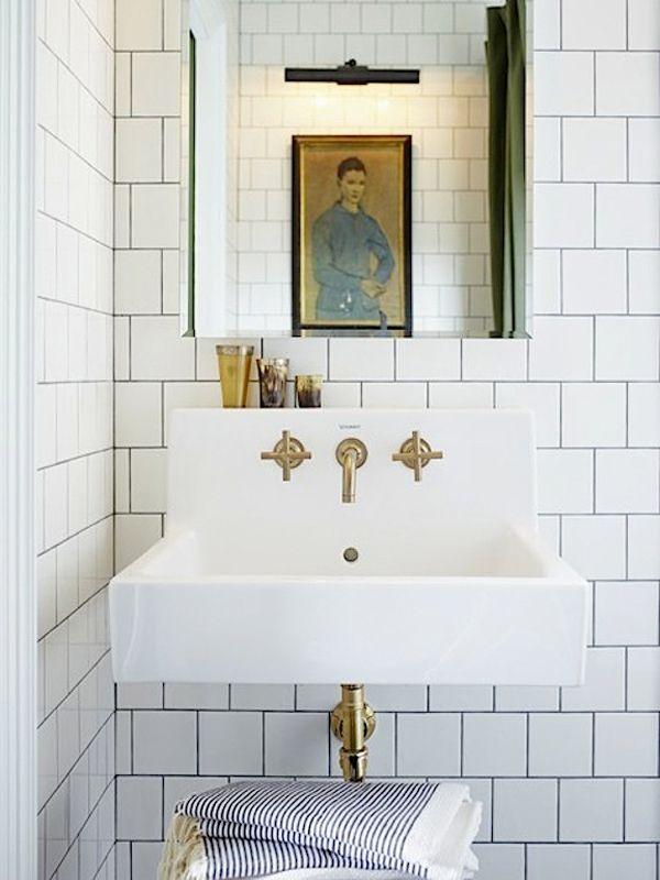 Presupuesto Baño Nuevo:10 Piensa en dorado Si vas a remodelar tu baño piensa en poner