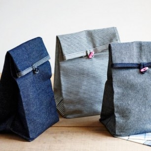 button-lunch-bags-600-4-664x441