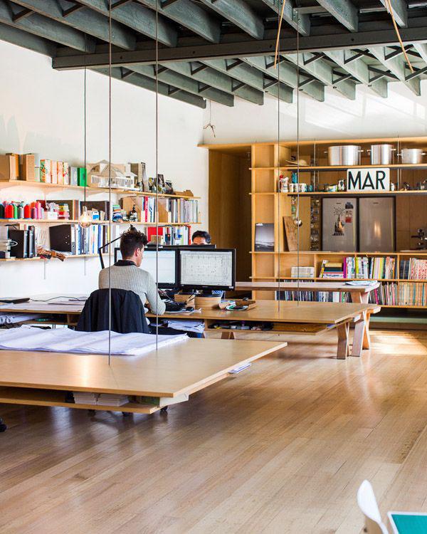 11 lindos espacios para trabajar depto51 blog for Small shared office design