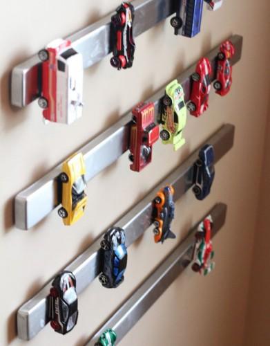 9 formas no infantiles de decorar con juguetes