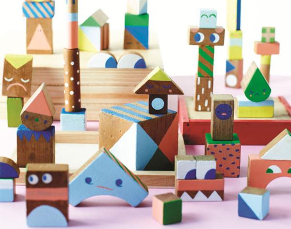 beci-orpin-wooden-blocks