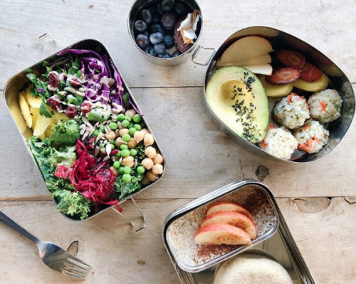 Por qué deberías dejar el plástico y llevar tu comida en una lonchera de acero inoxidable